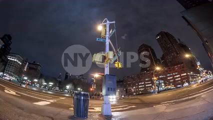 Union Square Park at night - 4K timelapse with taxi cabs and streaks of traffic lights