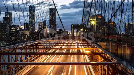Brooklyn Bridge timelapse from day to night with Manhattan buildings - 4K and 1080 HD in NYC