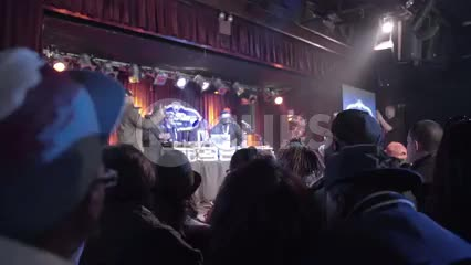 DJ Funkmaster Flex on stage performing at BB Kings - hip hop show