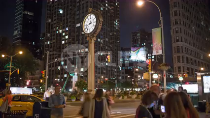 famous clock on 5th Ave in Flatiron District - timelapse in 4K and 1080 HD in NYC